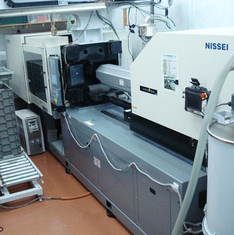 NEX140Ⅲ-25E射出成形機